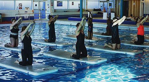 Zwembad De Peppel : Zwembad de peppel heeft primeur met nieuwe workout zwemrekreatie