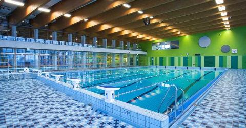 Zwembadmedewerkers vervolgd voor verdrinking