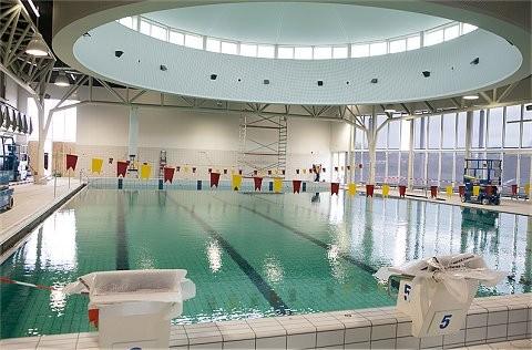 Exit woningbouw rond zwembad BinnenZee
