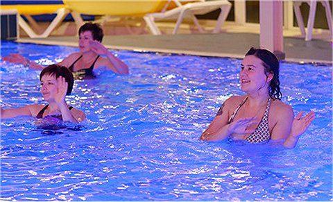 Personal training ook bij het zwembad mogelijk