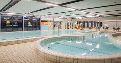 Plafond nog niet veilig genoeg, zwembad voorlopig dicht