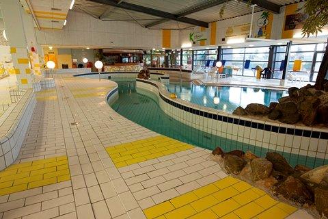 Het is volop zomer en toch zijn er zwembaden dicht