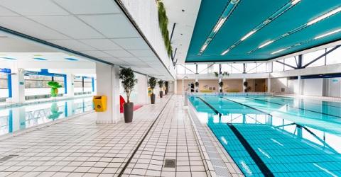 'Op je eigen zwembaden stemmen'