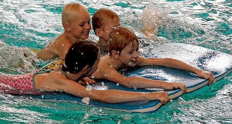 Dubbel gevoel bij 35-jarig jubileum zwembad De Slag