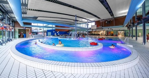 Aangescherpte regels plaatst zwembaden voor dilemma