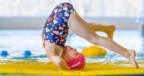 Succesvolle zwemactie door Kindpakket