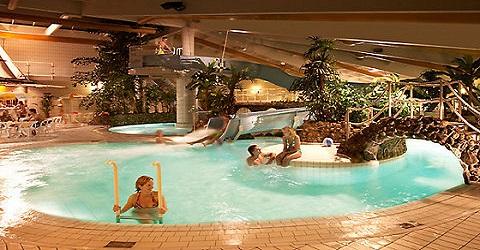Vraagtekens bij aantal zwembaden in Nederland