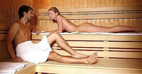 Badkleding weer in de ban bij sommige sauna's