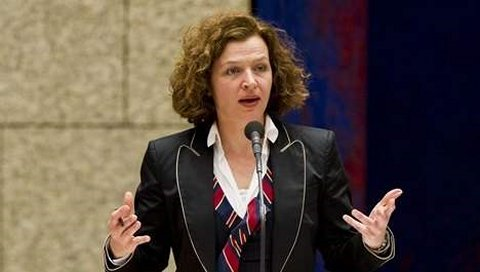 Minister Schippers toont haar bezorgdheid