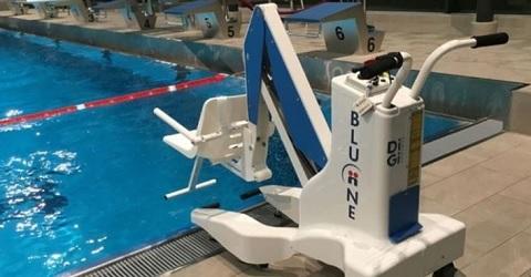 Crowdfundingsactie ALS patiënt voor zwembadlift