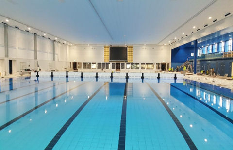 Nieuwe Zwemcentrum Rotterdam is een architectonisch hoogstandje