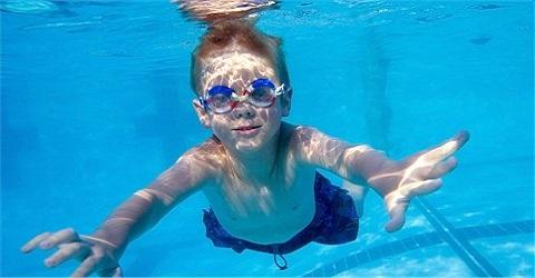 Alle zwembaden definitief dicht voor twee weken