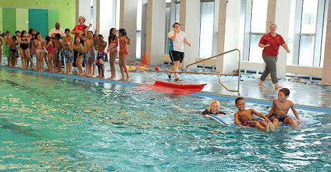 Zwemverenigingen zitten te springen om vrijwilligers